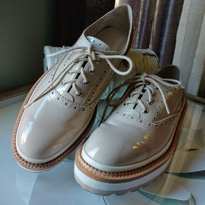 Zara beige Oxfords